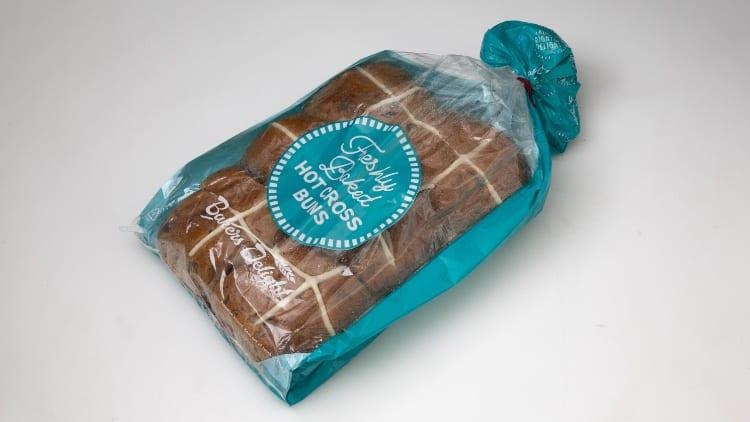bakers-delight-hot-cross-buns