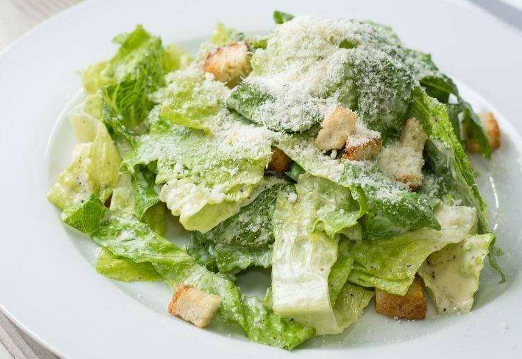 Simple Caesar Salad In Six Minutes