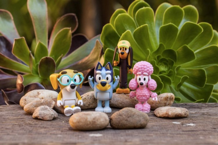 bluey toys figurines