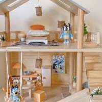 Make Your Own Bluey Playhouse On A Budget