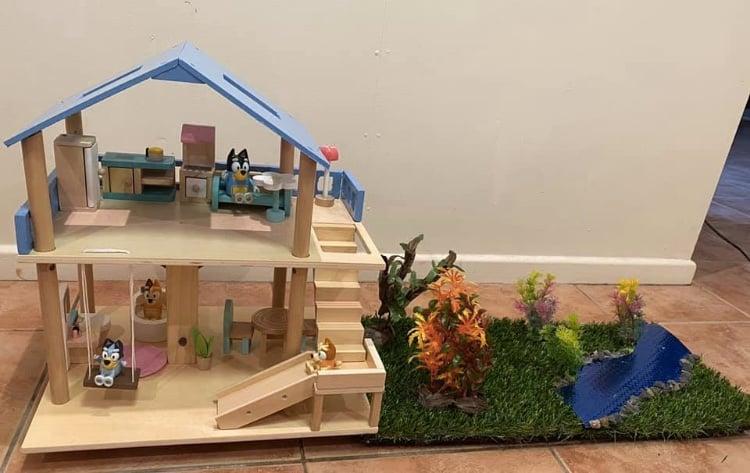 Bluey Playhouse hack the creek