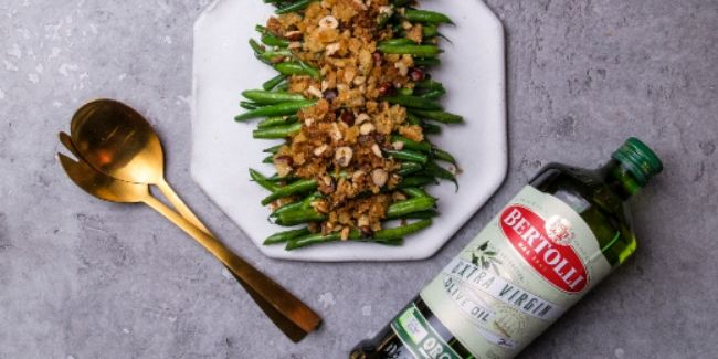 green beans with hazelnut pangrattato made with bertolli olive oil