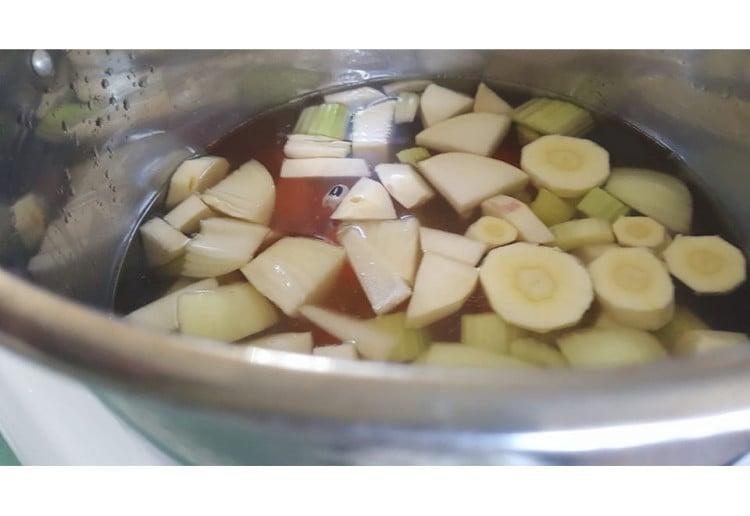 Hearty Pea and Ham Soup Recipe