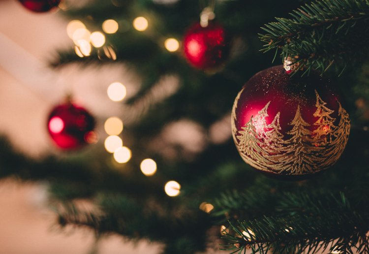 How To Celebrate Christmas in July At Home