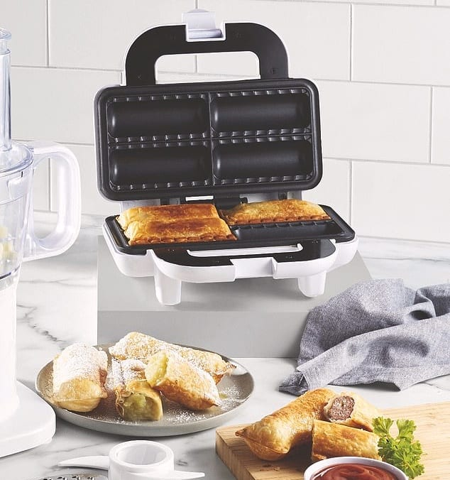 aldi sausage roll maker2