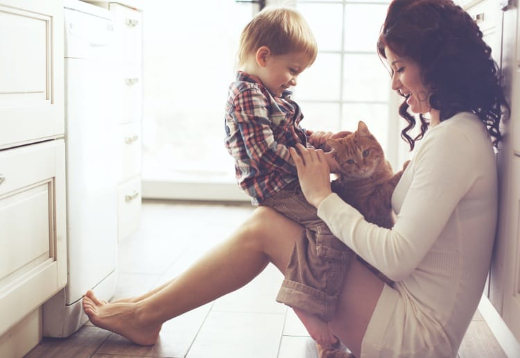 The Do's and Don'ts of Life Insurance for Mums