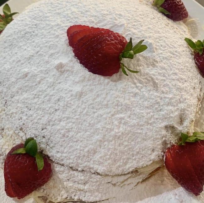 christmas-treat-crepe-cake