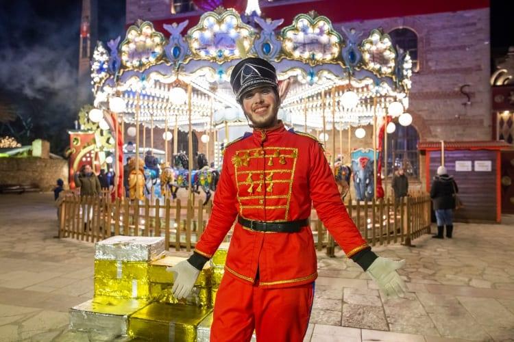 Carousel_Christmas