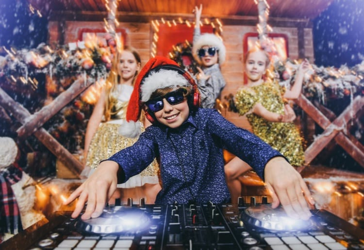 Win Family Unlimited Ride Passes To The Best Christmas Fair In Town
