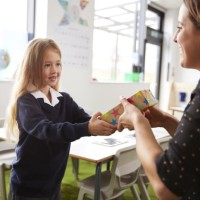 Mum Shamed For Refusing to Contribute to Teacher's Gift