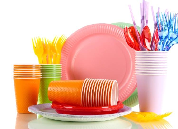 single use plastic tableware