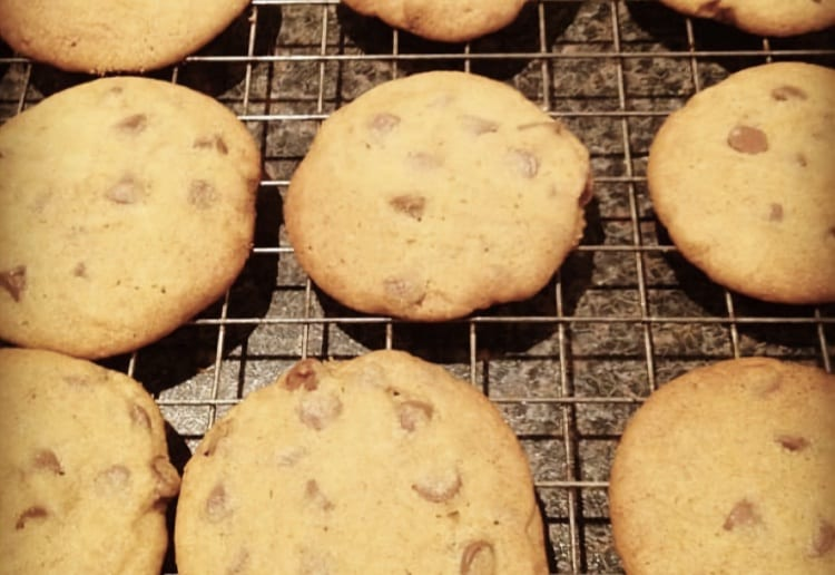 Giant Chocolate-Chip Cookies