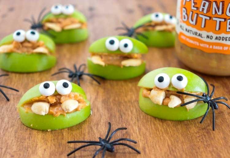6 Spooktacular Halloween Snacks For Little Monsters