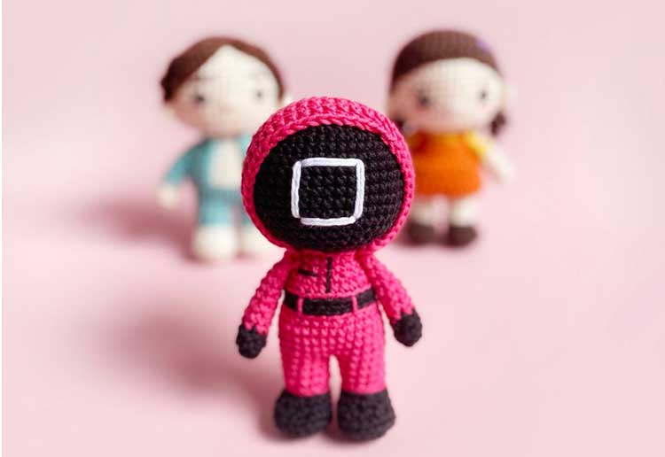 Make Your Own Squid Game Dolls